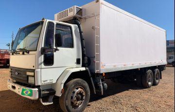 Ford Cargo 1422 (3 Eixos)