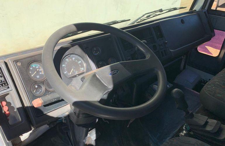 Ford Cargo 1422 (3 Eixos) - Foto #6