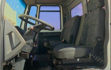 Ford Cargo 1422 (3 Eixos) - Foto #7