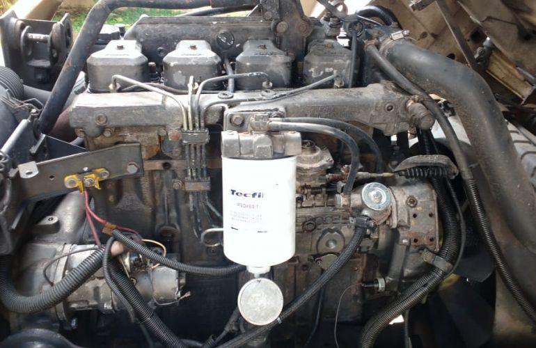Volkswagen 12.140 Turbo - Foto #3