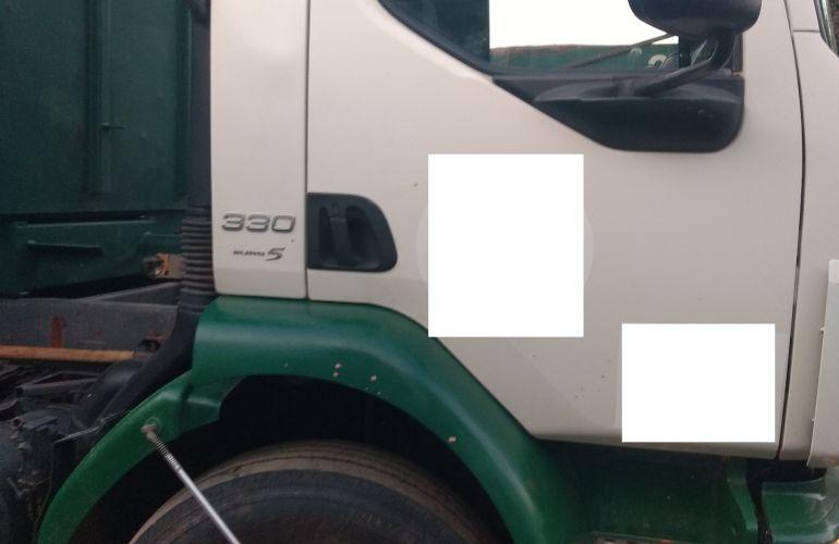 Volvo VM330 6X4R - Foto #9