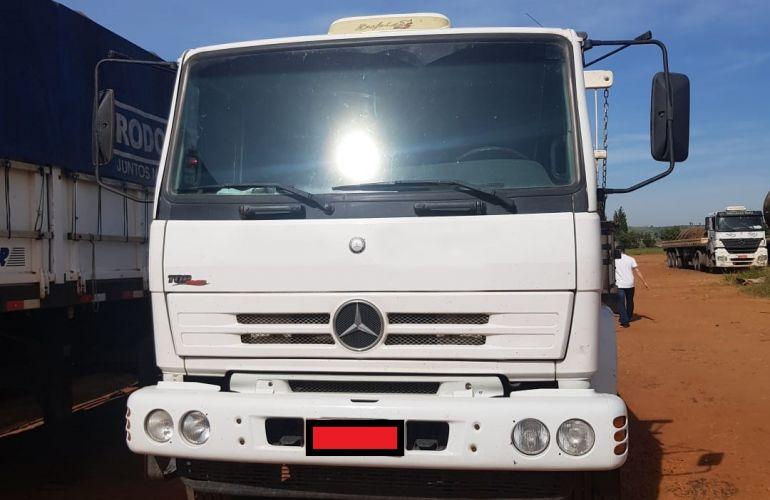 Mercedes-Benz 1718 - Foto #1