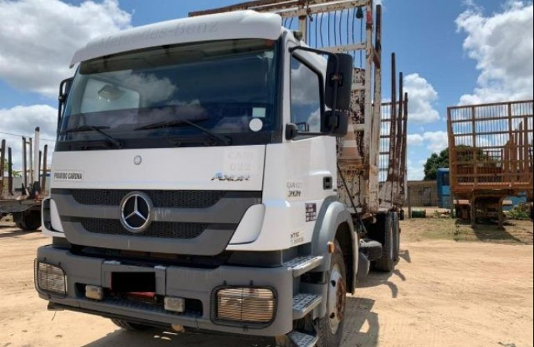 Mercedes-Benz Axor 3131 (6x4) - Foto #9