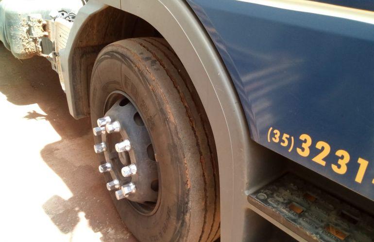 Mercedes-Benz Atego 2426 (6X2) - Foto #5