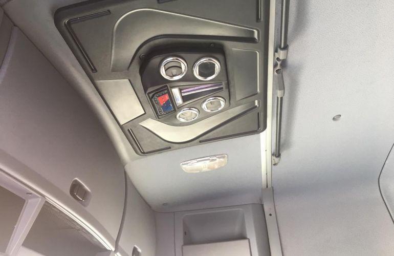 Mercedes-Benz Actros 2646 LS Conforto (6X4) - Foto #6