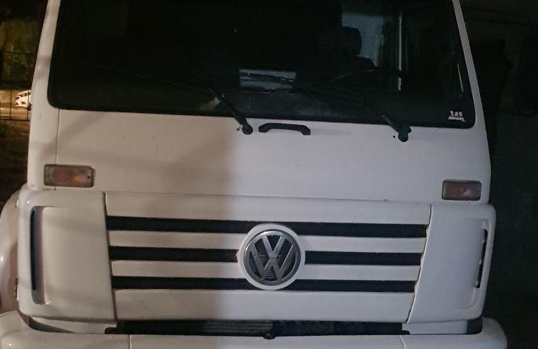 Volkswagen 26.300 6X4 (3 Eixos) - Foto #3