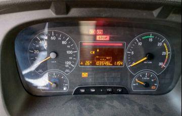 Mercedes-Benz Atego 2426 (6X2) - Foto #3