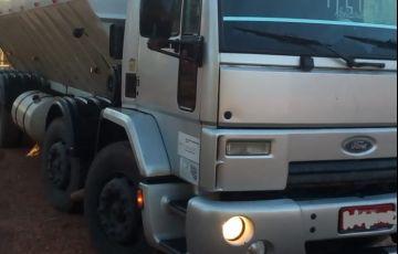 Ford Novo Cargo 2428 - Foto #2
