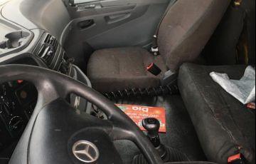 Mercedes-Benz Axor 2035 S 4X2 - Foto #7