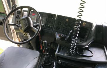 Scania G-420 LA 6X4 SZ(Reb. 3 Eixos) - Foto #6