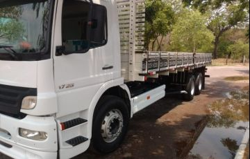 Mercedes-Benz 1728 (FlexTruck) 6X2 (3 Eixos) - Foto #1