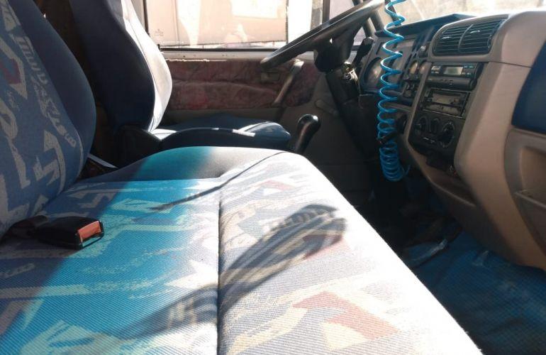 Volkswagen 8.150 Turbo - Foto #9
