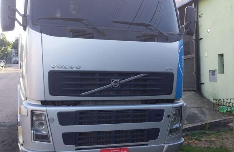 Volvo FH-440 6X2 (3 Eixos) - Foto #1