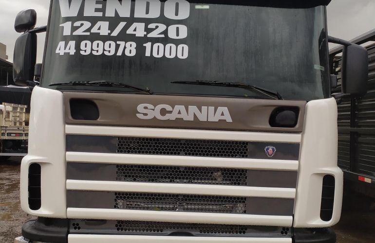 Scania R-420 6X2 CR 19 LA (Reb. 3 Eixos) - Foto #1