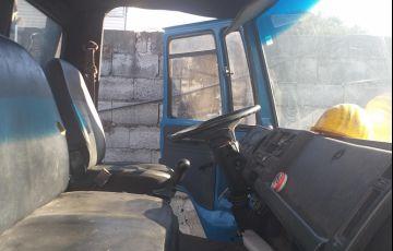 Ford Cargo 1617 (3 Eixos) - Foto #4