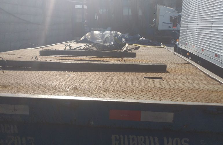 Ford Cargo 1617 (3 Eixos) - Foto #6