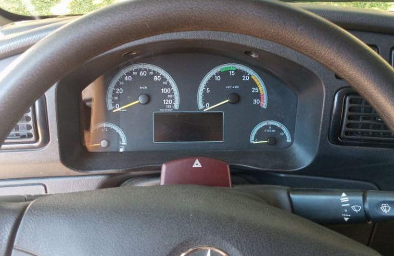 Mercedes-Benz Accelo 815/44 - Foto #2