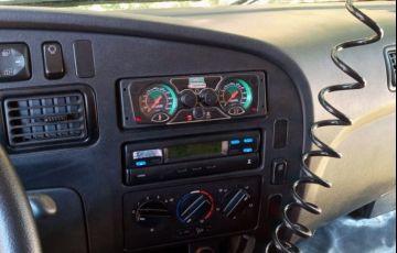 Mercedes-Benz Accelo 815/44 - Foto #3