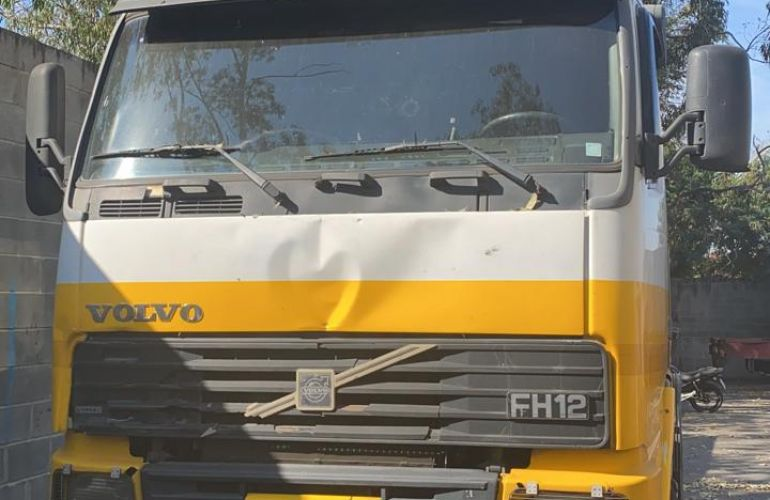 Volvo FH-12 380 4X2 - Foto #1