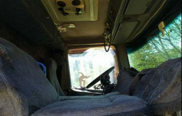 Scania P-124 CA 420 6X4 (3 Eixos) NZ - Foto #3