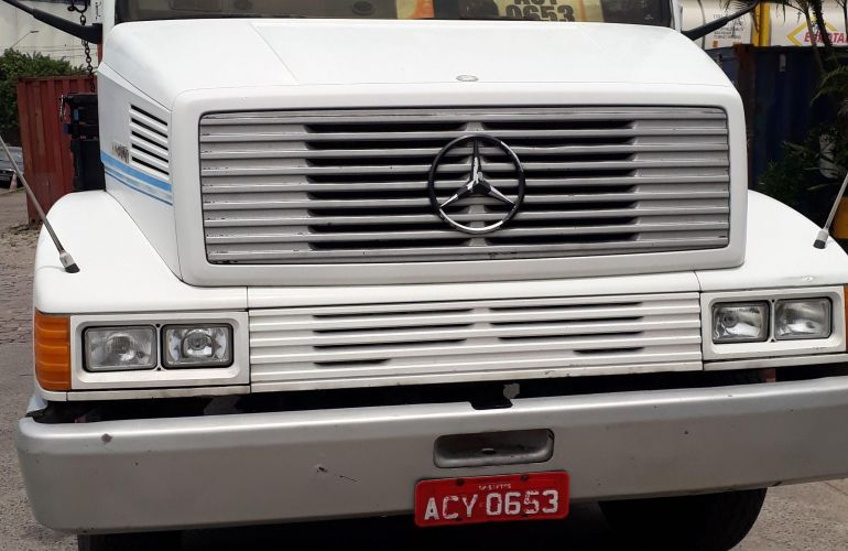 Mercedes-Benz 1418 (3 Eixos) - Foto #3