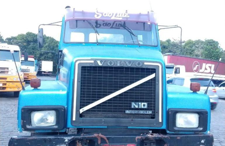 Volvo N-10 300 XH 6X2 (3 Eixos) - Foto #3