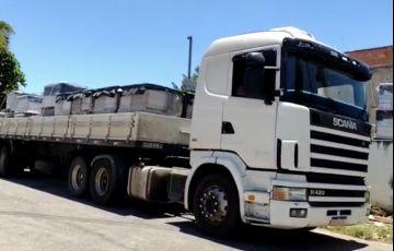 Scania R-124 GA 420 4x2 (3 Eixos) NZ