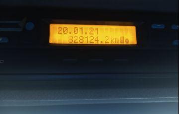 Mercedes-Benz Atron 2324 (6X2)