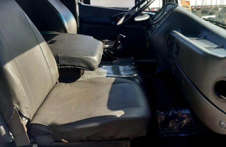 Mercedes-Benz 1718 - Foto #4