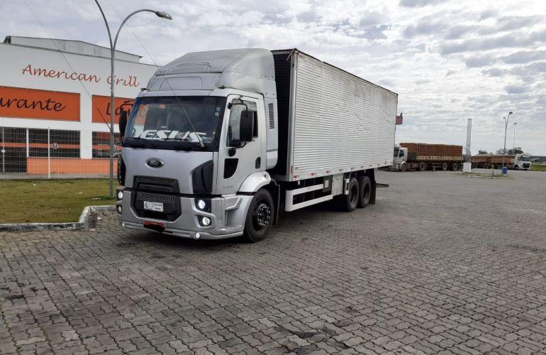 Ford Novo Cargo 2428 - Foto #1