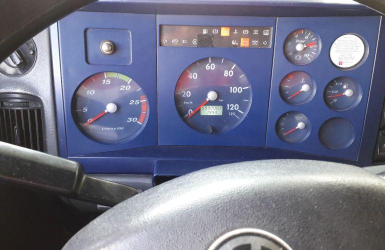 Volkswagen 18.310 Turbo 4X2 - Foto #2