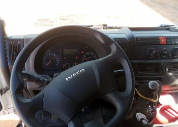 Iveco Tector 240-E28 6X2 (Teto Baixo) - Foto #6