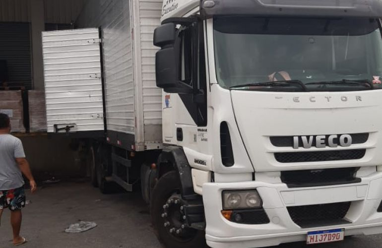 Iveco Tector Stradale 240-E25S 6X2 (3 Eixos) - Foto #4