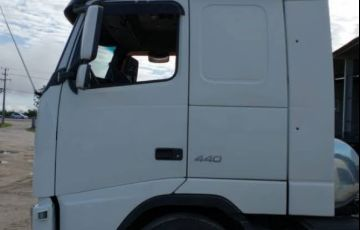 Volvo FH-440 6X2 (3 Eixos)