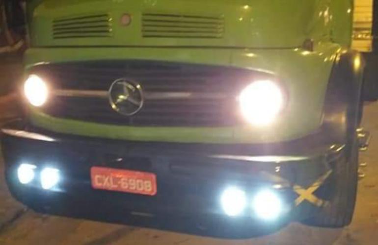 Mercedes-Benz L-1113 (3 Eixos) - Foto #2