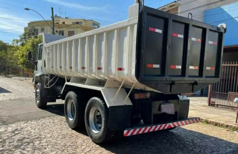 Ford Cargo 2628 E 6X4 (3 Eixos) - Foto #7