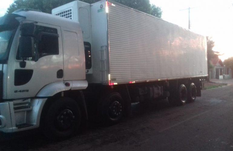 Ford Cargo 2429 Leito - Foto #2