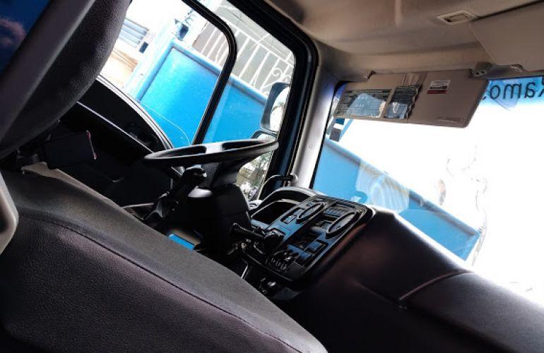Ford Cargo 1519 - Foto #4