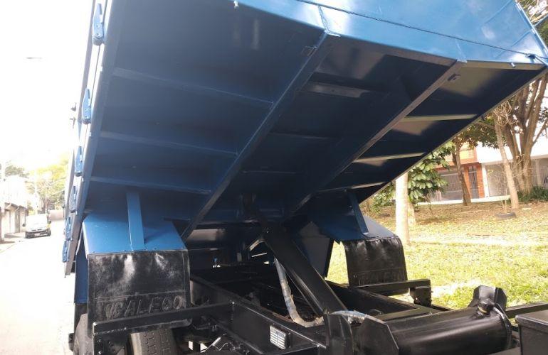 Ford Cargo 1519 - Foto #5