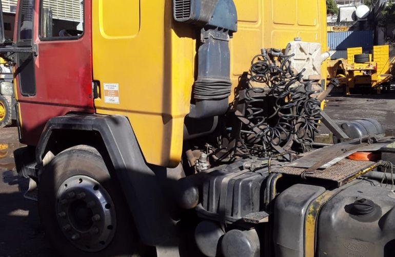 Ford Cargo 4030 - Foto #1