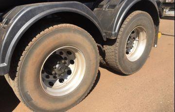 Ford Cargo 2626 6X4 (3 Eixos) - Foto #5