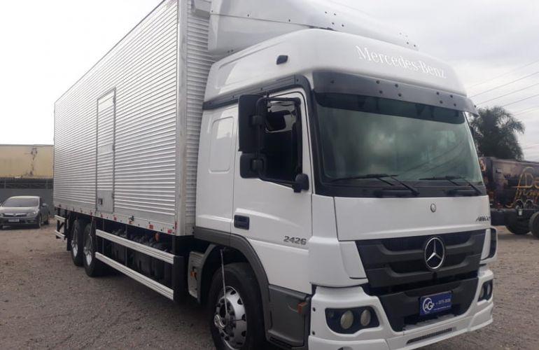 Mercedes-Benz Atego 2426 (6X2) - Foto #10