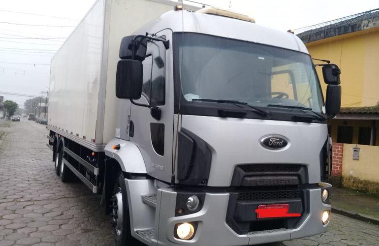 Ford Cargo 2429 Leito - Foto #8