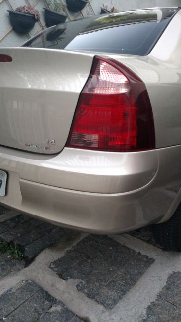 Chevrolet Corsa Sedan Maxx 1.4 (Flex) - Foto #2