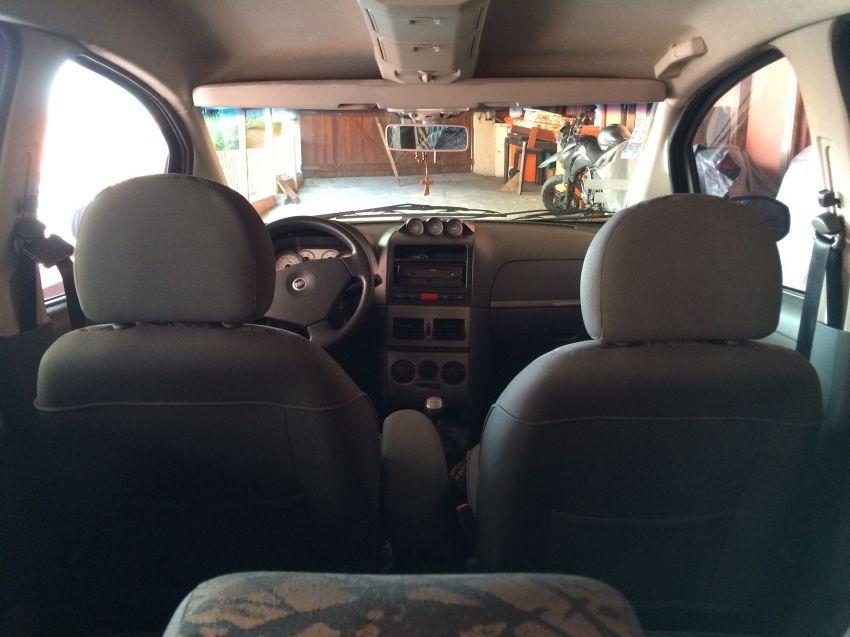 Fiat Idea Adventure 1.8 (Flex) - Foto #6