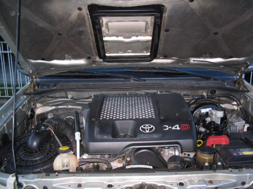 Toyota Hilux SRV 4x4 3.0 Turbo (cab. dupla) - Foto #7