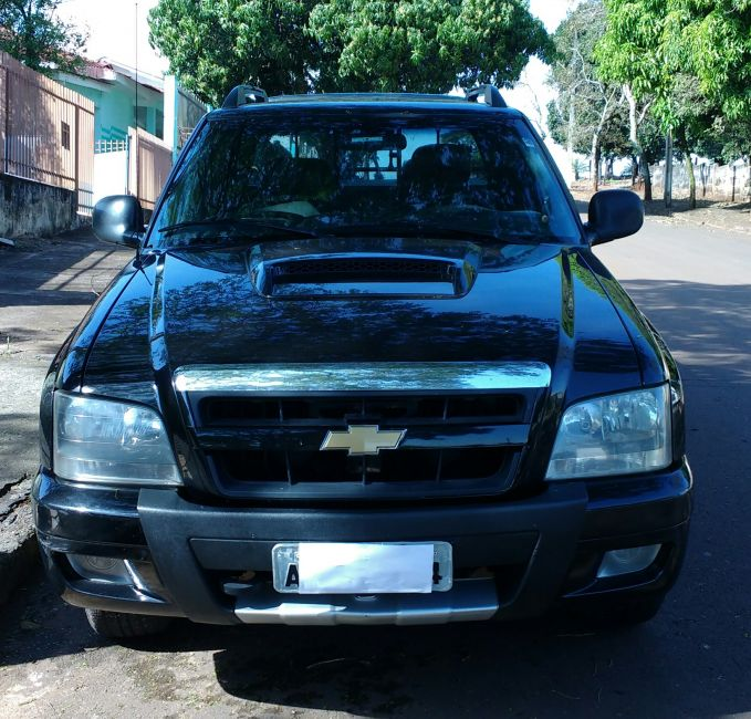 Chevrolet S10 Executive 4x4 2.8 Turbo Electronic (Cab Dupla) - Foto #2