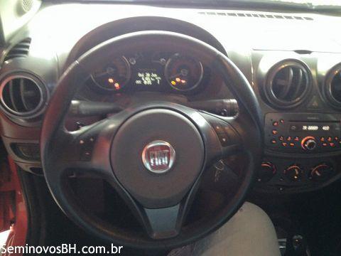 Fiat Palio Sporting Dualogic 1.6 (Flex) - Foto #1