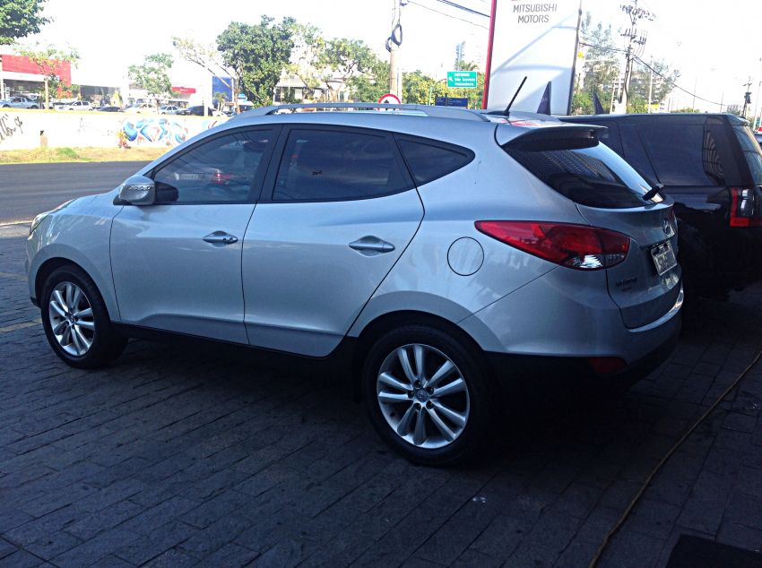 Hyundai ix35 2.0 GLS Completo (Aut) - Foto #3