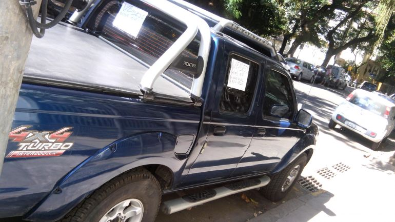 Nissan Frontier AX 4x4 3.2